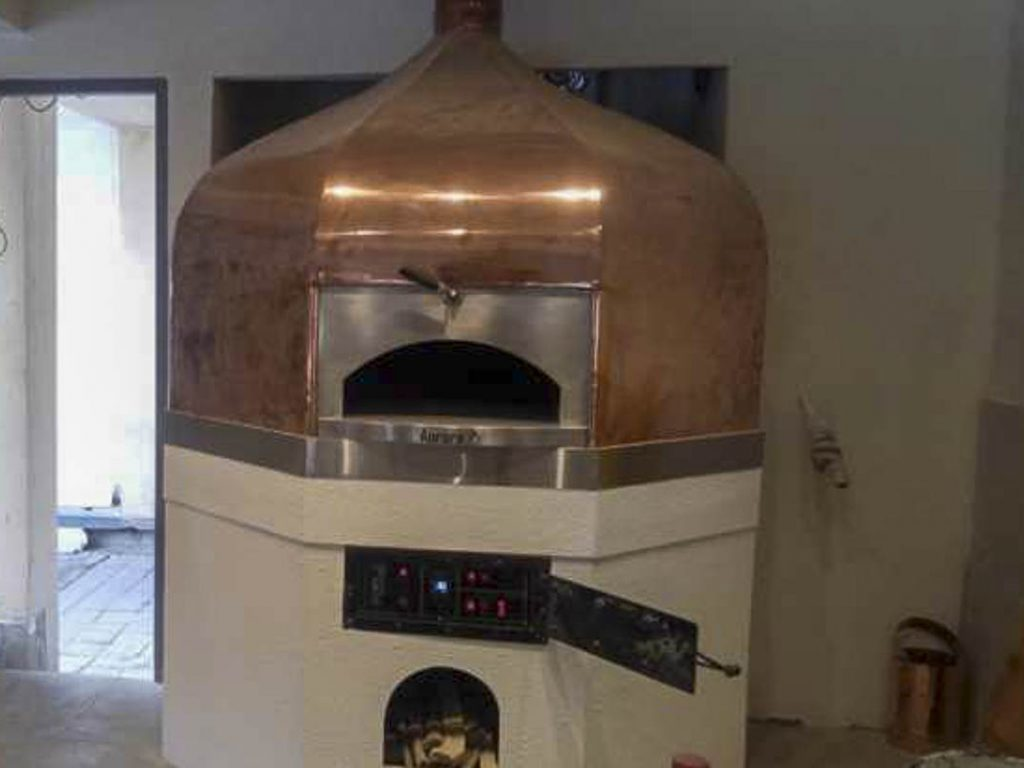 Aurora 120 brass Oven Pizza Brick Lava Stones Wood Gas Bali Indonesia Asia 500 020
