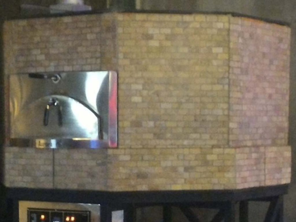 Aurora 120 brown Oven Pizza Brick Lava Stones Wood Gas Bali Indonesia Asia 400 001