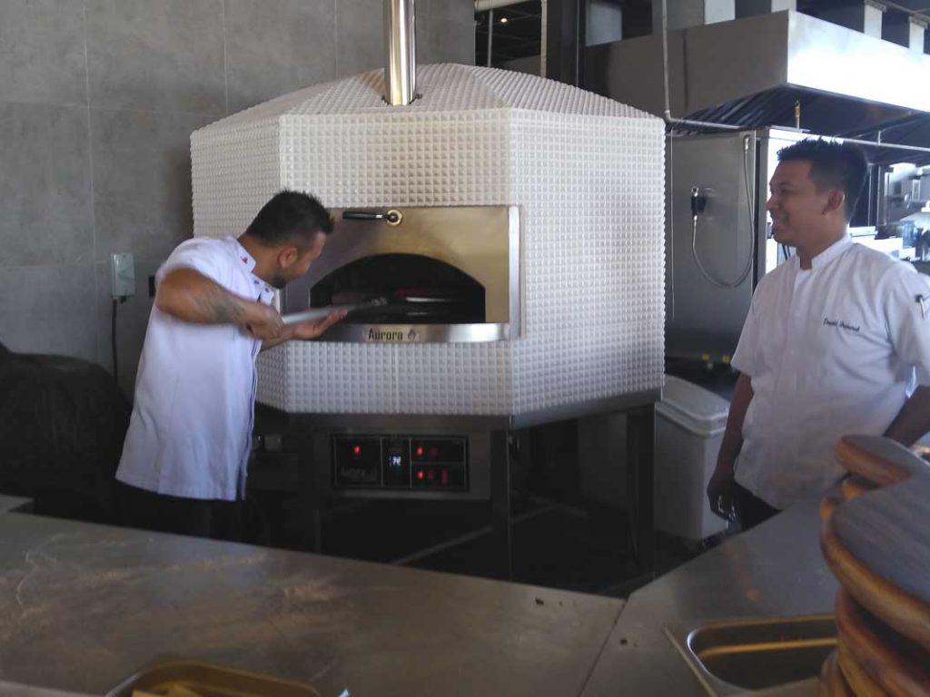 Aurora 120 ceramicwhite Oven Pizza Brick Lava Stones Wood Gas Bali Indonesia Asia 400 074