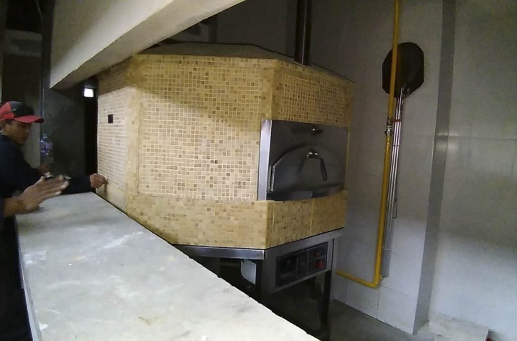 Aurora 120 mosaiccream Oven Pizza Brick Lava Stones Wood Gas Bali Indonesia Asia 400 022