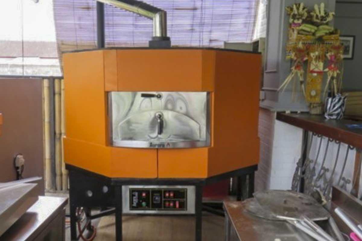 Aurora 120 orange Oven Pizza Brick Lava Stones Wood Gas Bali Indonesia Asia 400 028