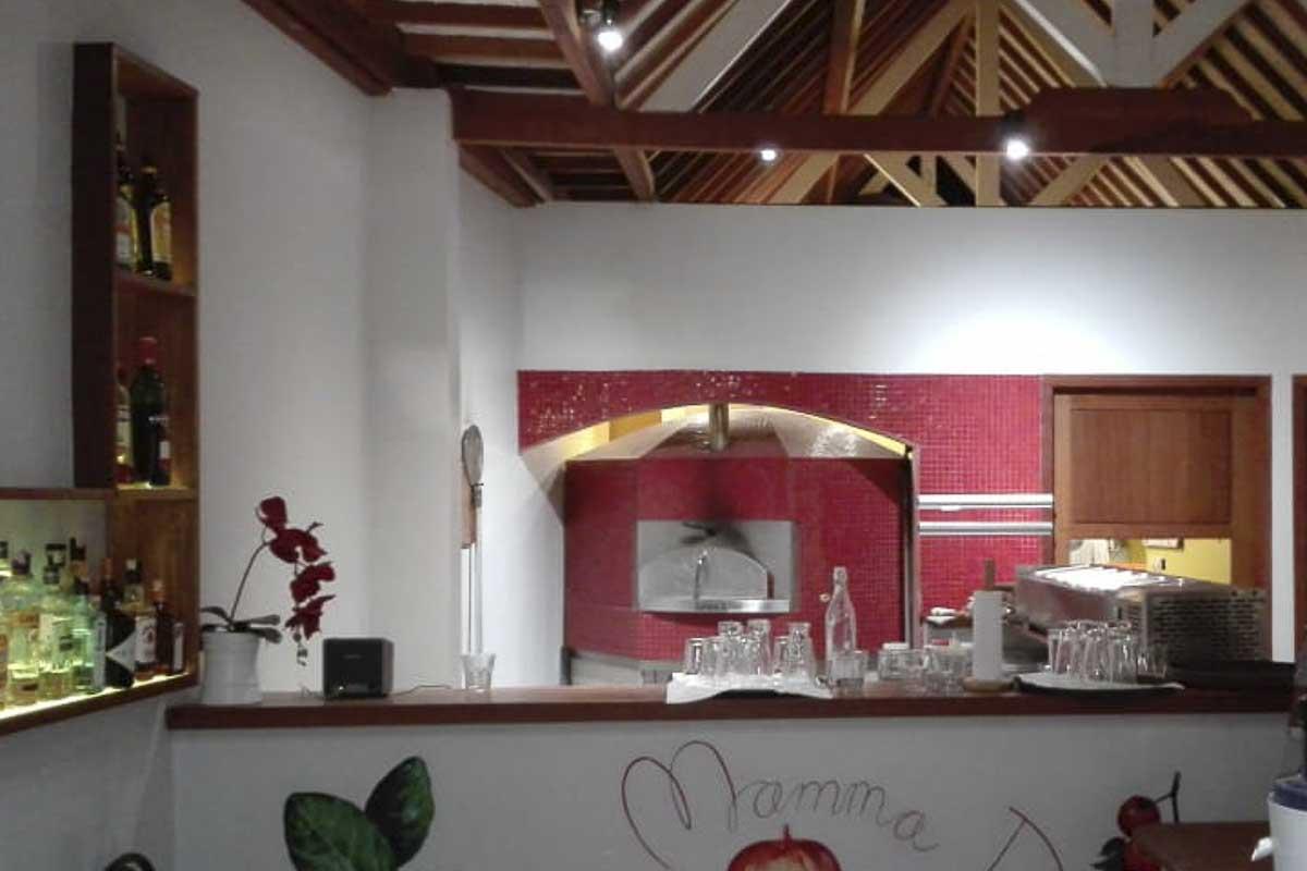 Aurora 120 red Oven Pizza Brick Lava Stones Wood Gas Bali Indonesia Asia 400 009