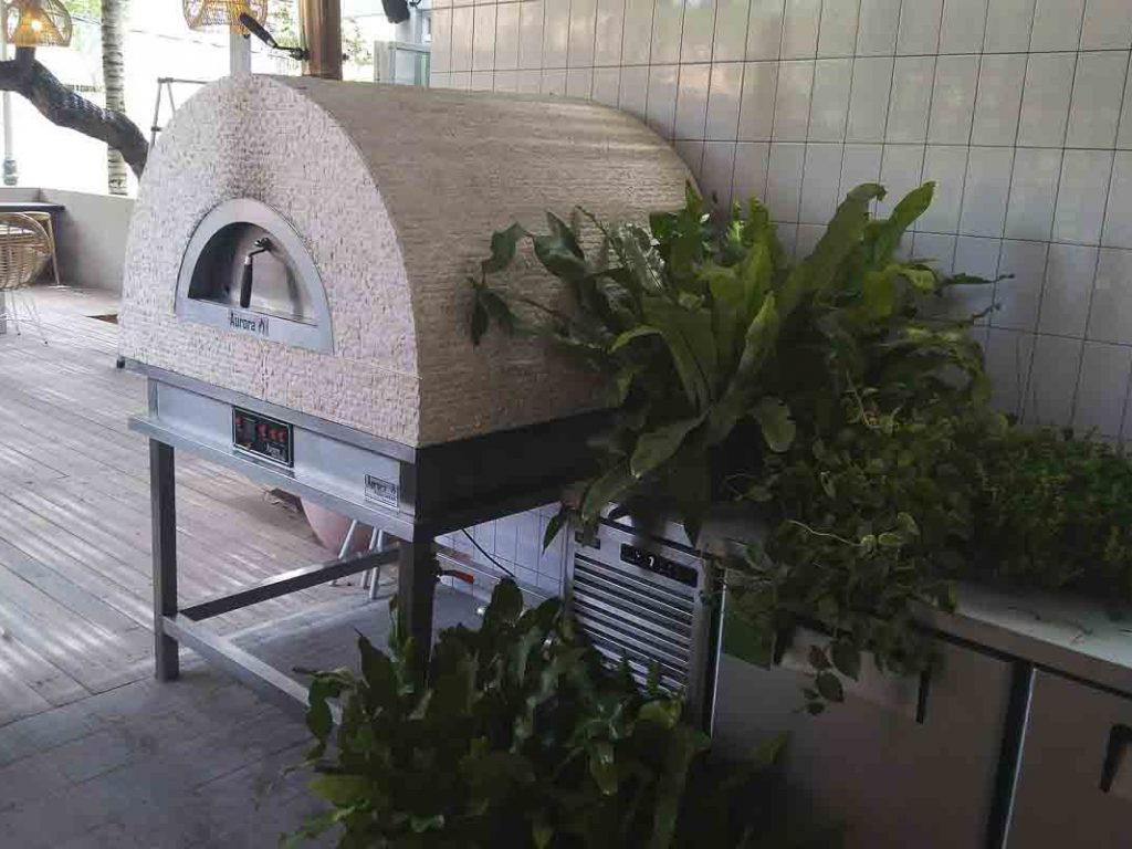 Aurora 90 cream Oven Pizza Brick Lava Stones Wood Gas Bali Indonesia Asia 200 055