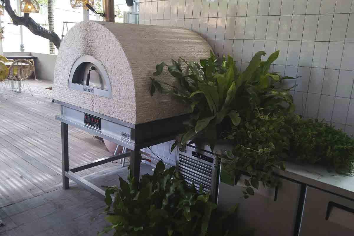 Aurora 90 cream Oven Pizza Brick Lava Stones Wood Gas Bali Indonesia Asia 200 055