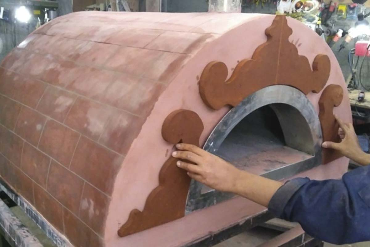 Aurora 90 custom Oven Pizza Brick Lava Stones Wood Gas Bali Indonesia Asia 200 020