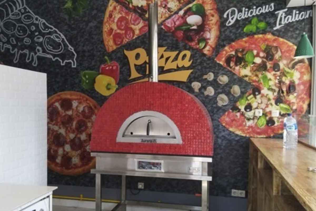 Aurora 90 red Oven Pizza Brick Lava Stones Wood Gas Bali Indonesia Asia 200 018