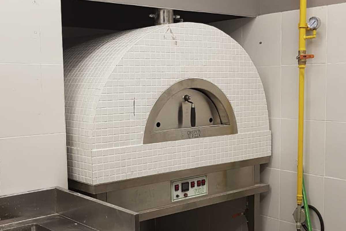 Aurora 90 white Oven Pizza Brick Lava Stones Wood Gas Bali Indonesia Asia 200 024