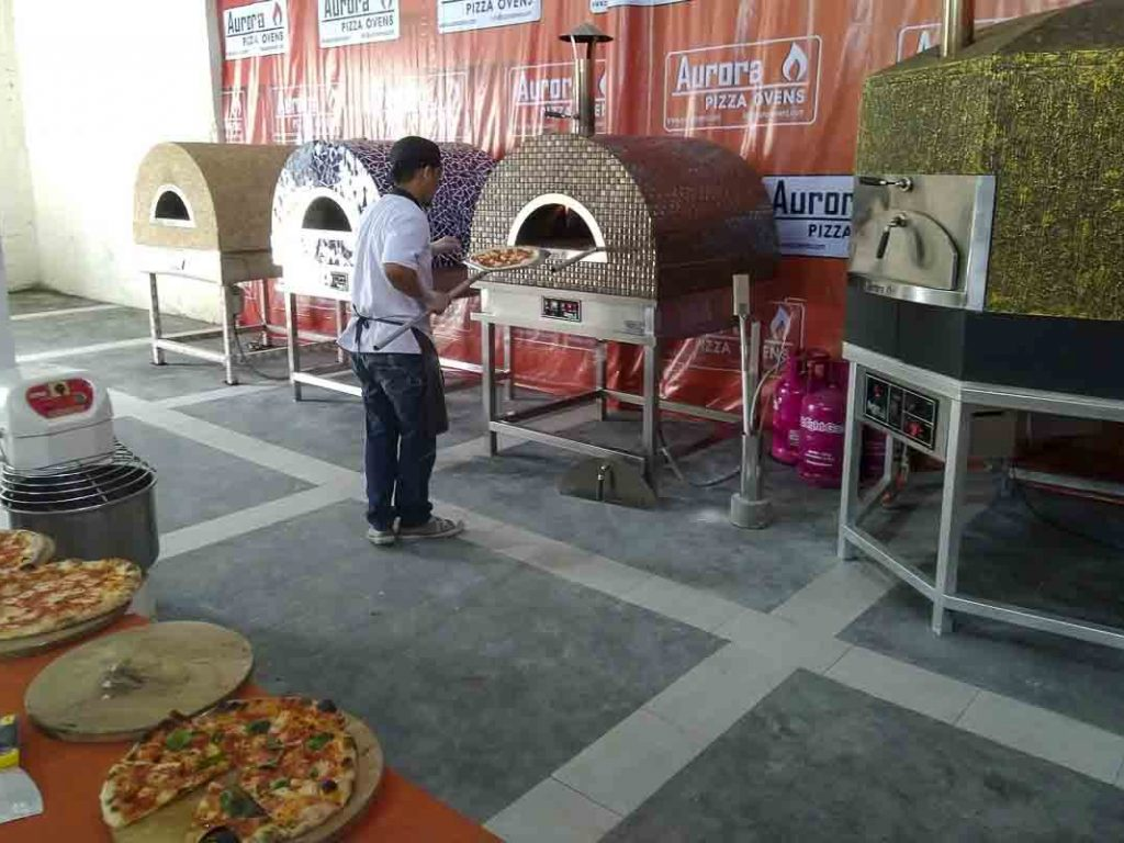 Aurora Oven Pizza Brick Lava Stones Wood Gas Bali Indonesia Asia try our ovens 006