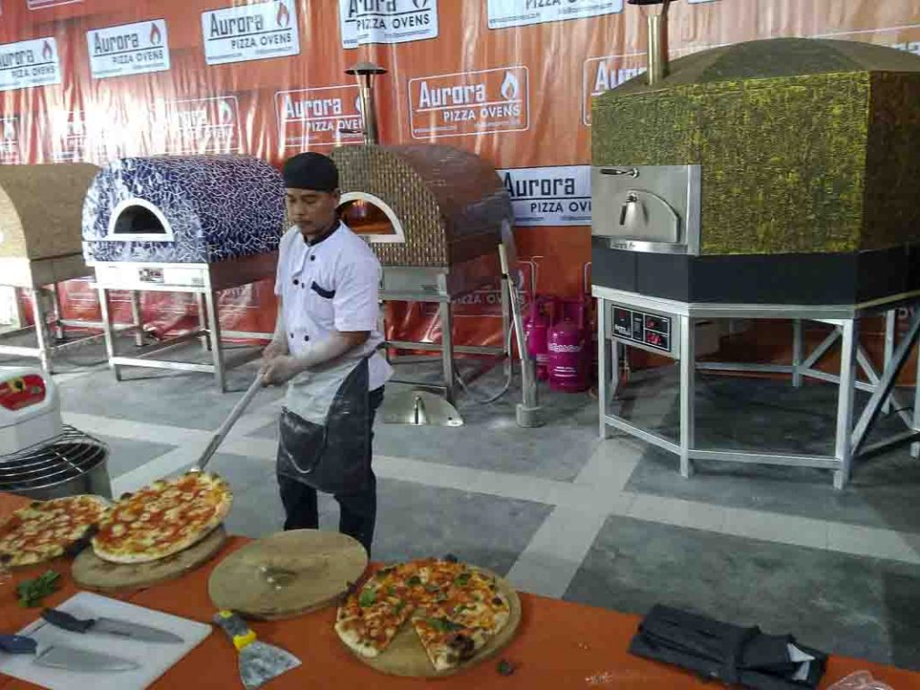 Aurora Oven Pizza Brick Lava Stones Wood Gas Bali Indonesia Asia try our ovens 008